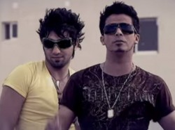 Afshin---Khanoom-Khoshgeleh-(Ft-Hossein-Tohi)-video