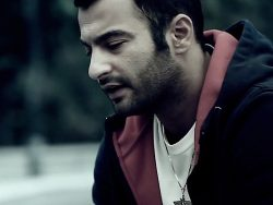Yas---Vaghte-Raftan-(Ft.-AaMin)-video