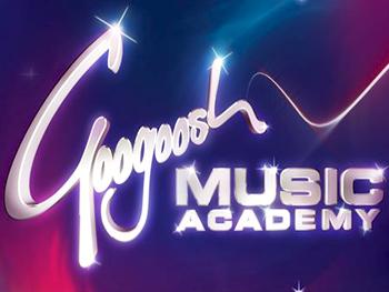 Googoosh Music Academy - 'To Daryayi' Video - Navahang