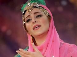 Mahdieh-Mohammadkhani---To-Ra-Ey-Kohan-Boom-o-Bar-Doost-Daram-vf
