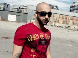 Sina-Faryad---Adam-Ha-vf