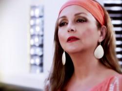 Shakila---Bi-Sarzamin-video
