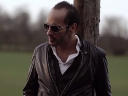 Adrian-Momen---Stress-video