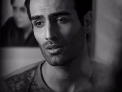 Hadi-Hajilou---Meri-Ankhon-(My-Eyes)-video