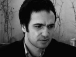 mohammadreza-foroutan-roozaye-marge-eshgh-video
