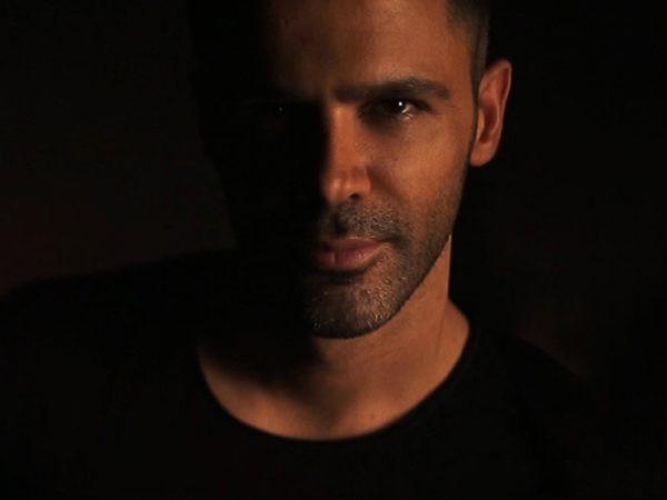 Sirvan-Khosravi---Soojehat-Tekrarie-video